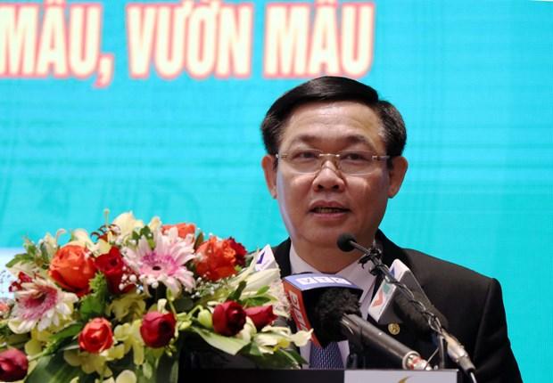 王廷惠:应尽早制定新农村示范居民区和示范园的标准 hinh anh 1