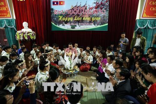奠边省老挝留学生欢度老挝传统新年 hinh anh 1