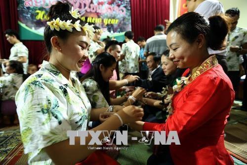 奠边省老挝留学生欢度老挝传统新年 hinh anh 2
