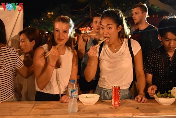 造访会安——越南新的美食中心 hinh anh 2