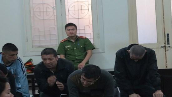 5名哥伦比亚籍被告人因盗窃罪被判处监禁 hinh anh 1