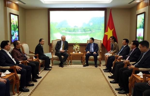 越南政府副总理王廷惠:塔兰克斯集团扩大在越南投资规模符合于越南金融体系结构重组的主张 hinh anh 1