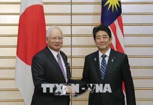日本与马来西亚签署转让国防设备协议 hinh anh 1