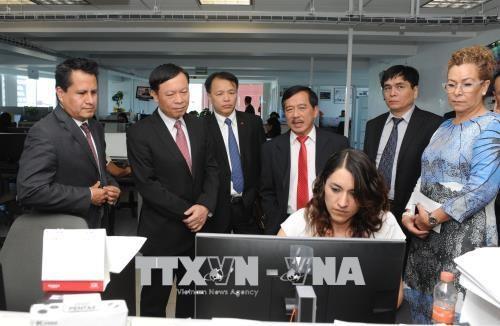 越南与墨西哥加强对外通讯报道工作经验交流 hinh anh 2
