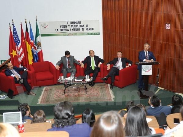 越南出席在墨西哥举行的研讨会 突出东盟共同体的国际地位 hinh anh 1