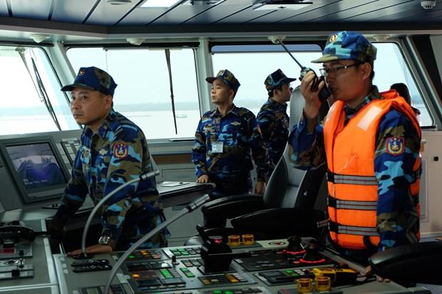 越中开展2018年首次北部湾共同渔区海上联合检查行动 hinh anh 1