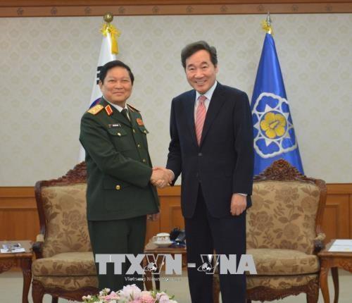 越南与韩国签署防务合作共同愿景声明 hinh anh 1
