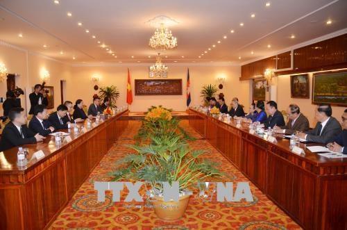 柬埔寨高级领导人高度评价与越南的合作 hinh anh 1