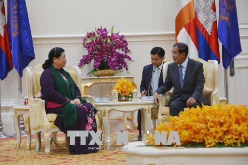 柬埔寨高级领导人高度评价与越南的合作 hinh anh 2
