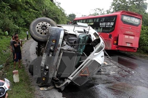 前四月全国2788人死于交通事故 hinh anh 1