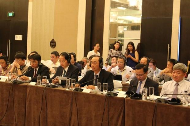 瑞典与越南分享公共交通可持续发展经验 hinh anh 2