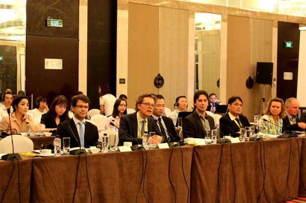 瑞典与越南分享公共交通可持续发展经验 hinh anh 1