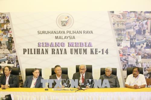 马来西亚国会下议院大选计票结果揭晓 希望联盟获113席取胜 hinh anh 1