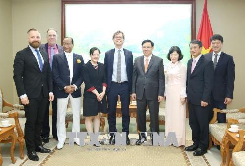 越南政府副总理王廷惠:经贸合作是越瑞关系的亮点 hinh anh 1