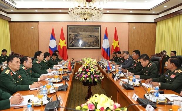 老挝人民军总参谋长对越南进行正式访问 hinh anh 3