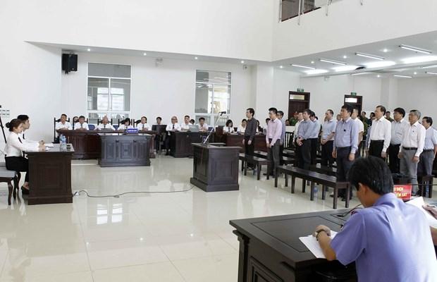 PVC案件二审宣判:维持对被告人丁罗升的一审判决 接受部分被告人的上诉 hinh anh 1