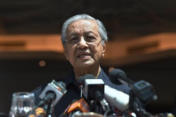 马来西亚新总理表示将任职1-2年—马来西亚成立体制改革委员会 hinh anh 1