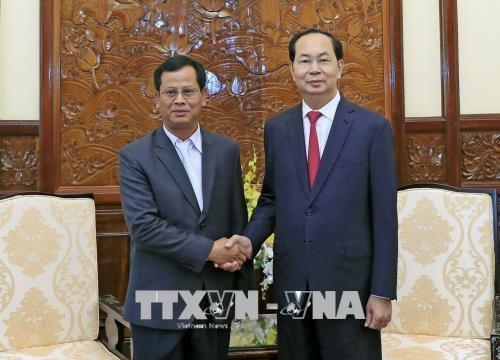 越南国家主席陈大光会见老挝公安部副部长 hinh anh 1