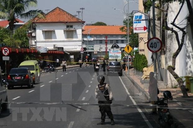 印尼连环爆炸案:警方对恐怖袭击新手段深表担忧 hinh anh 1
