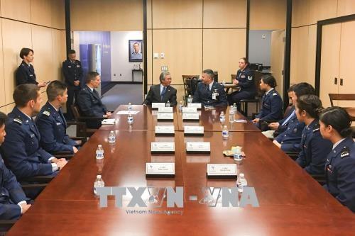 越南与美国空军学院加强防务合作关系 hinh anh 1
