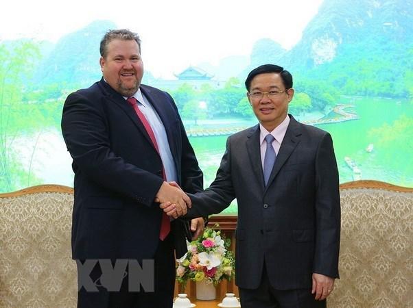 政府副总理王廷惠:越南政府欢迎AES公司对广宁省蒙阳2热电厂进行投资 hinh anh 1