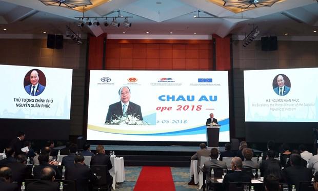 阮春福总理:国际伙伴的有效配合成为越南经济活跃发展的重要推手 hinh anh 1