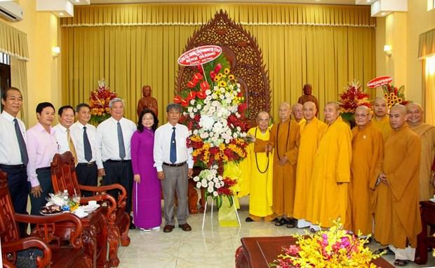 佛诞大典之际胡志明市领导走访当地若干佛教团体 hinh anh 4