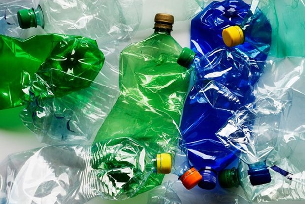 外国驻越南大使馆和国际组织签署《关于防止塑料污染》的行为规范 hinh anh 1