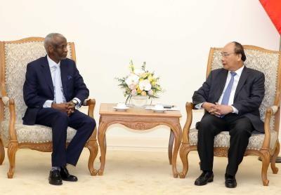 阮春福总理会见来越履新的苏丹驻越大使 hinh anh 1