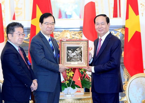 越南国家主席陈大光会见日本共产党主席 hinh anh 1
