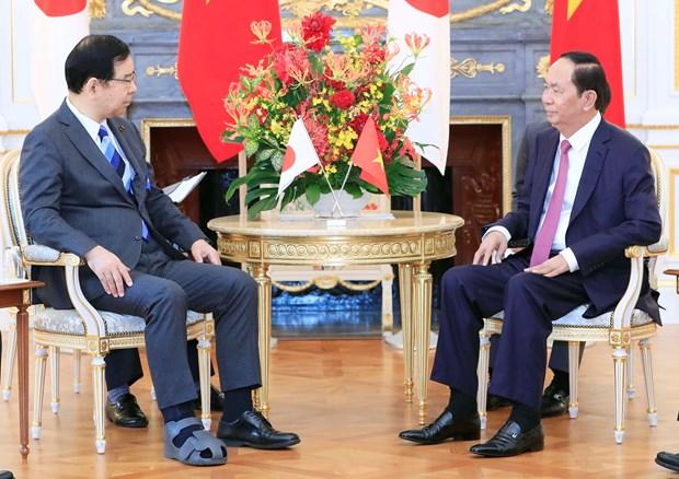 越南国家主席陈大光会见日本共产党主席 hinh anh 2