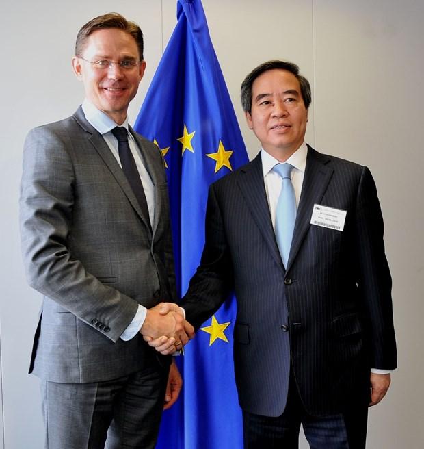 越南优先与比利时和欧盟发展经济合作 hinh anh 1