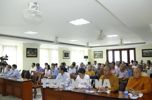 通过宗教信仰活动鼓励旅居老挝越侨心系祖国情系家乡 hinh anh 2