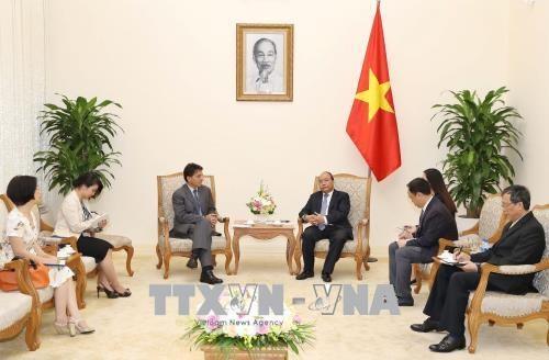 越南政府总理阮春福会见希腊驻越大使 hinh anh 1
