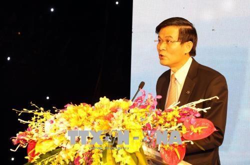 邓氏玉盛出席第二次社区服务倡议比赛颁奖仪式 hinh anh 2
