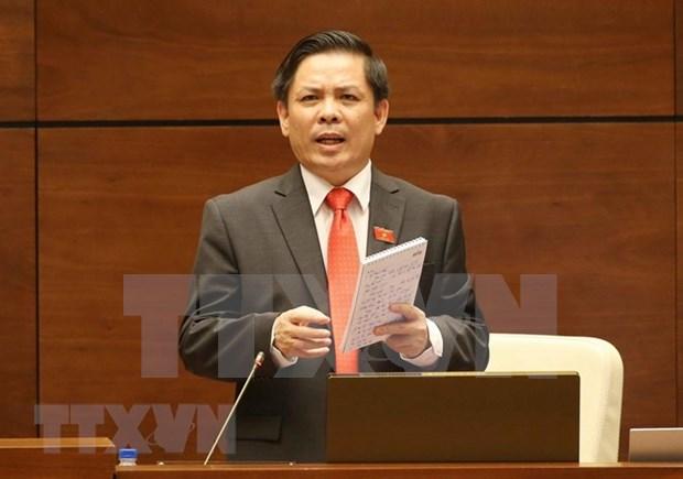越南第十四届国会第五次会议:彻底遏制车辆超限超载违规现象 hinh anh 1