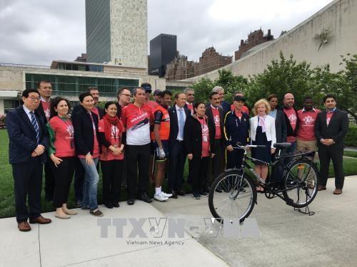 世界自行车日: 越南强调了自行车对可持续发展的贡献 hinh anh 2