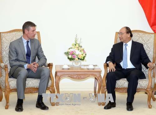 越南政府总理阮春福会见英国驻越大使 hinh anh 1