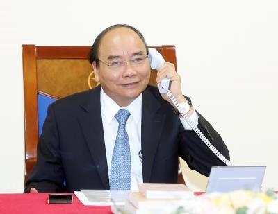 阮春福总理与丹麦首相通电话 hinh anh 1