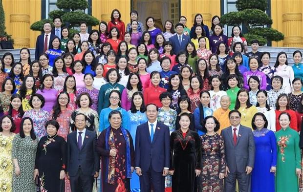 国家主席陈大光会见第十四届国会女代表 hinh anh 1