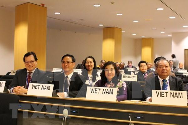 越南优先保障女性劳动者的权益 hinh anh 1