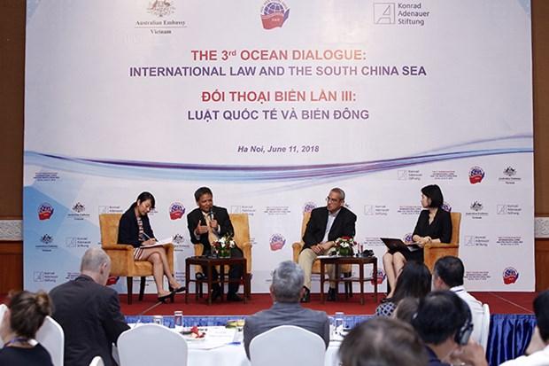 """题为""""国际法与东海""""的第三次海洋事务对话在河内举行 hinh anh 1"""