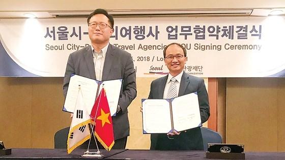 西贡旅行社与首尔市政府签署合作备忘录 hinh anh 1