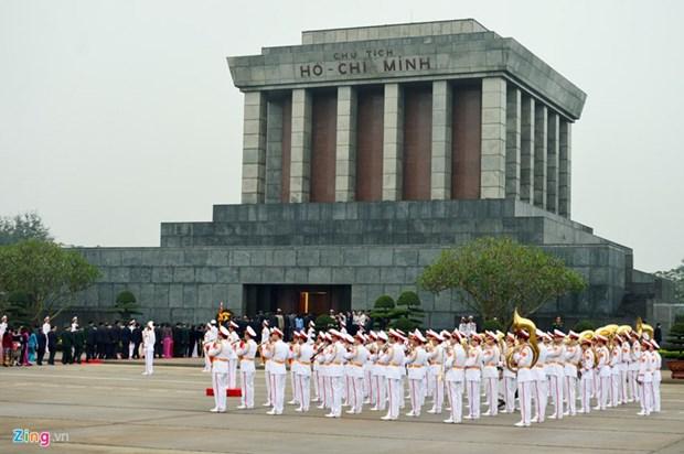 胡志明主席陵从6月15日起暂停开放接待游客 hinh anh 1