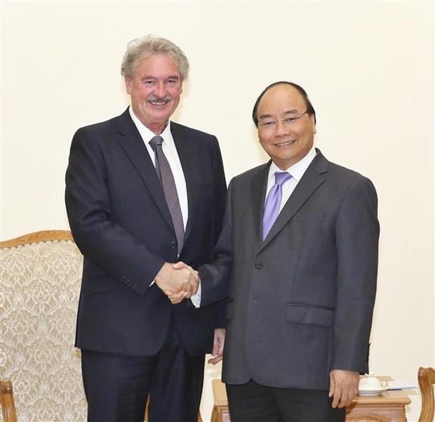 政府总理阮春福会见卢森堡外交和欧洲事务大臣阿塞尔博恩 hinh anh 1