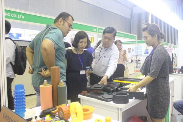 2018年国际橡胶、造纸、涂料、打印机粉墨墨水展览会在胡志明市开幕 hinh anh 2