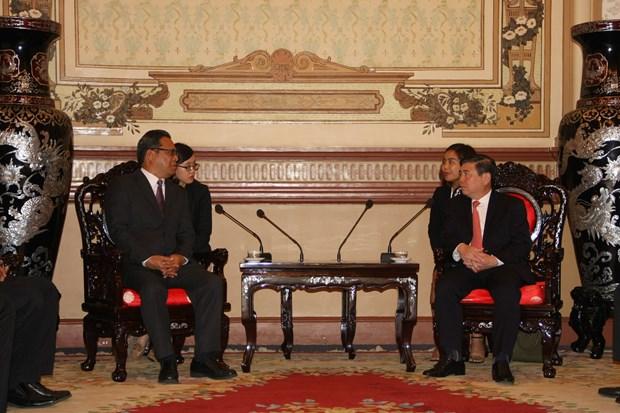 胡志明市领导会见密克罗尼西亚联邦议会代表团 hinh anh 1