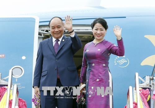 越南政府总理阮春福圆满结束ACMECS和CLMV两峰会之行 hinh anh 1
