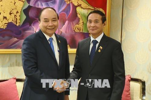 阮春福与柬老缅三国领导人举行会晤 hinh anh 2