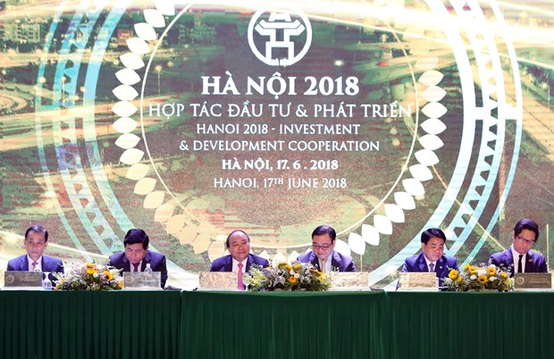政府总理阮春福:河内市应寻找可持续且有突破性的长期增长动力 hinh anh 1
